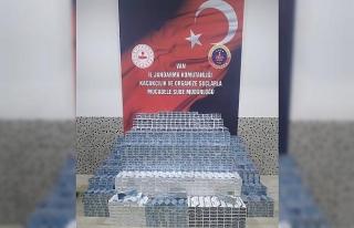 Başkale'de 24 bin 70 paket kaçak sigara ele geçirildi