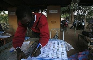 Burkina Faso'da halk devlet başkanını seçmek...