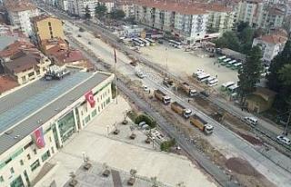 Karamürsel Köprülü Kavşağı'nda çalışmalar...