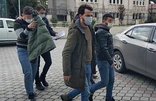 Samsun'da uyuşturucudan gözaltına alınan 2 kişi...