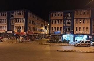 Şuhut'ta kisitlamanın ilk günü cadde ve sokaklar...
