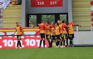 Süper Lig: Göztepe: 1 - Ankaragücü: 0 (İlk Yarı)