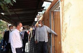 Yangında evlerini kaybeden ailenin yaralarını Pamukkale...