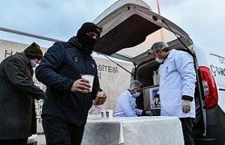 Ankara Büyükşehir Belediyesi sağlık çalışanlarına,...