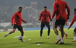 Hatayspor, BB Erzurumspor maçının hazırlıklarını...
