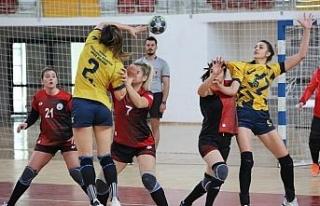 Kadınlar Hentbol Süper Ligi: Sivas Belediyespor:...