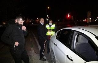 Kısıtlamada alkollü yakalandı, izin belgesi iptal...