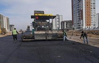 Mezopotamya Caddesi'nde asfalt çalışmaları başladı