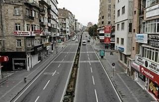 Nevşehir'de cadde ve sokaklar boş kaldı