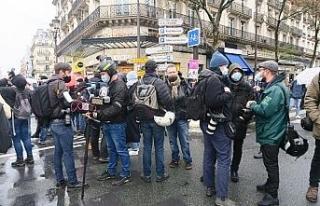 Paris'te Küresel Güvenlik Yasası'na karşı...