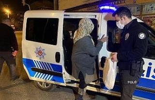 Polisin şefkati yürekleri ısıttı
