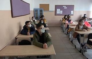 8. ve 12. sınıflar için isteğe bağlı yüz yüze...
