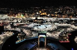 Elazığ'da kar kartpostallık görüntüler oluşturdu