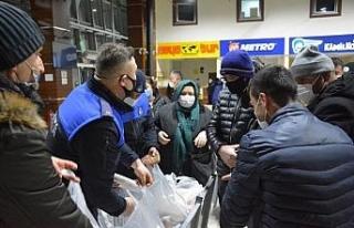 Kdz. Ereğli Belediyesi, terminalde bekleyen 300 yolcuya...