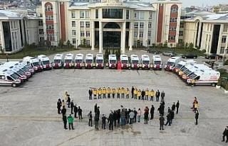 Kocaeli'de sağlık hizmetlerine 30 yeni ambulans...