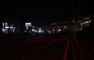 Kuşadası çevre yolundaki aydınlatma sorunu trafik...