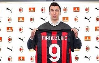 Mario Mandzukic, Milan'da