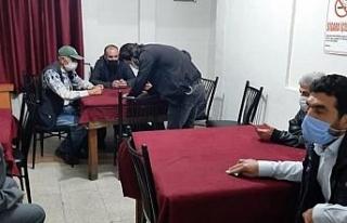 Mersin'de kumar oynayan 40 kişiye 126 bin lira...