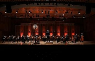 Milli Reasürans Oda Orkestrası Çağ Erçağ'a...