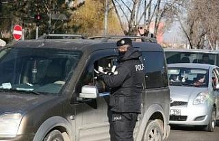 Polis kısıtlamanın sorunsuz sürmesi için yoğun...