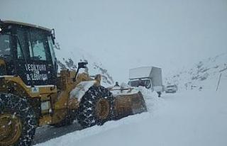 Şiddetli kar yağışına karşı yoğun tedbirler...