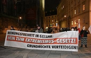 Viyana'da terörle mücadele yasa tasarısı protesto...