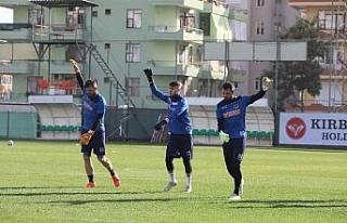 Alanyaspor'lu Ahmet Çağrı Güney'in U19 Milli...