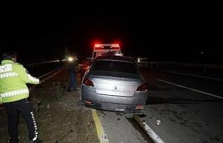 Balıkesir'de 3 aracın karıştığı kazada 3...