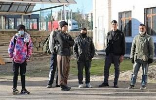 Düzensiz göçmenlerin umut yolculuğu Diyarbakır'da...