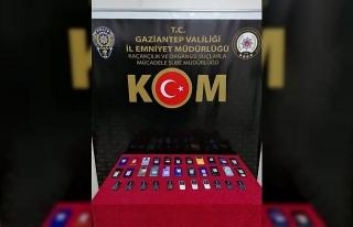 Gaziantep'te 33 adet kaçak cep telefonu ele geçirildi