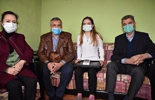 Karabağ şehidi Hasanov'un kız kardeşine verilen...