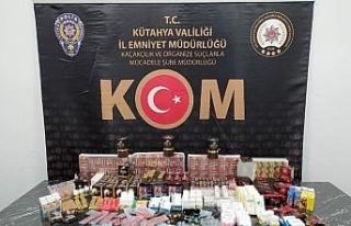 Kütahya'da bin 65 adet kaçak cinsel içerikli...