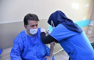 Türkeli Belediye Başkanı Şahin Covid-19 aşısı...