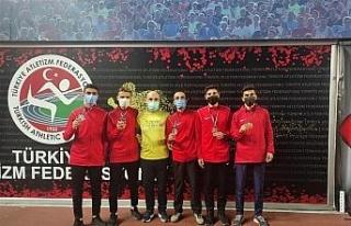 Van Büyükşehir Belediyesi 4'lü koşuda Türkiye...