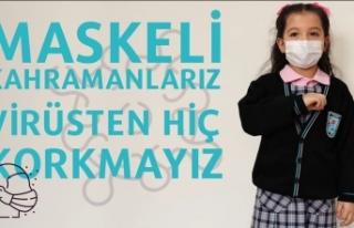 Bursa'da minik öğrencilerden işaret diliyle...