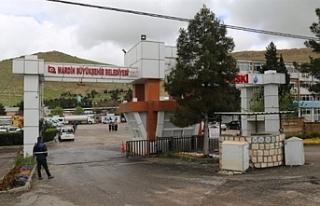 Midyat Ulucami'de kapalı semt pazarı, mescit...