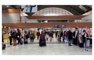 Sabiha Gökçen Havalimanı üç ayda 4,2 milyon yolcuya...