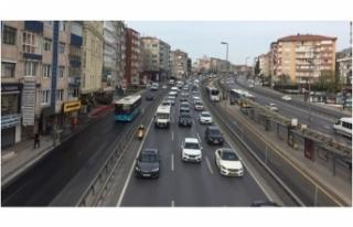 Tam kapanmaya rağmen trafik yoğunluğu
