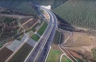 Taşucu Otoyolu Projesinde Çeşmeli-Kızkalesi kesimi...