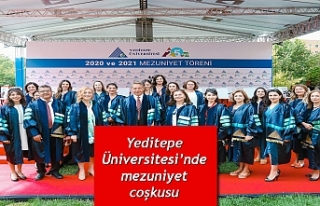 Yeditepe Üniversitesi'nde mezuniyet coşkusu
