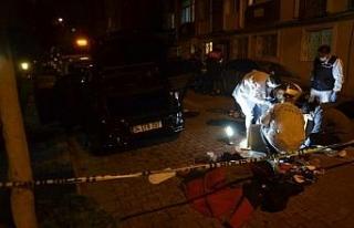 Avcılar'da polise ateş edilen otomobile detaylı...