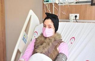 Kalbindeki delik yamayla kapatılan Sara, sağlığına...