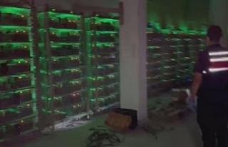 Mühürlenen fabrikada kripto para üretimi yaparken...