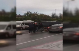 Sancaktepe'de kaza sonrası kavga; feci şekilde...