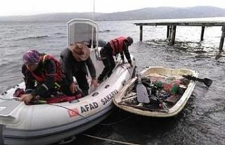 Sapanca Gölü'nde mahsur kalan balıkçıyı AFAD...
