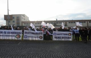 Bursa'da sendika isteyen işçiler işten çıkarıldı