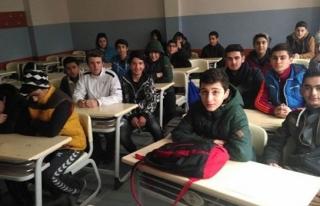 'Öğrenciler donuyor'