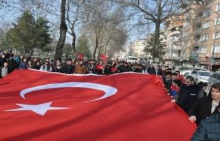 Mehmetçiğe destek bitmiyor