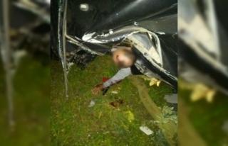 İznik'teki feci kazada sıkışan sürücü böyle...