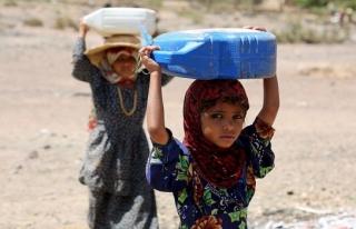 Yemenli çocuklar eğitimden mahrum